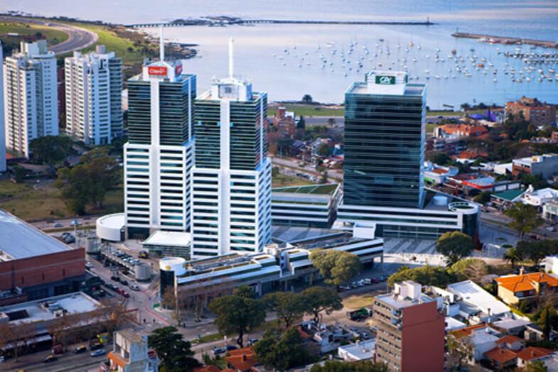 Los Departamentos de Compra se mueven a offshore – América Latina ofrece soluciones especiales a través de sus Zonas Francas de Servicios